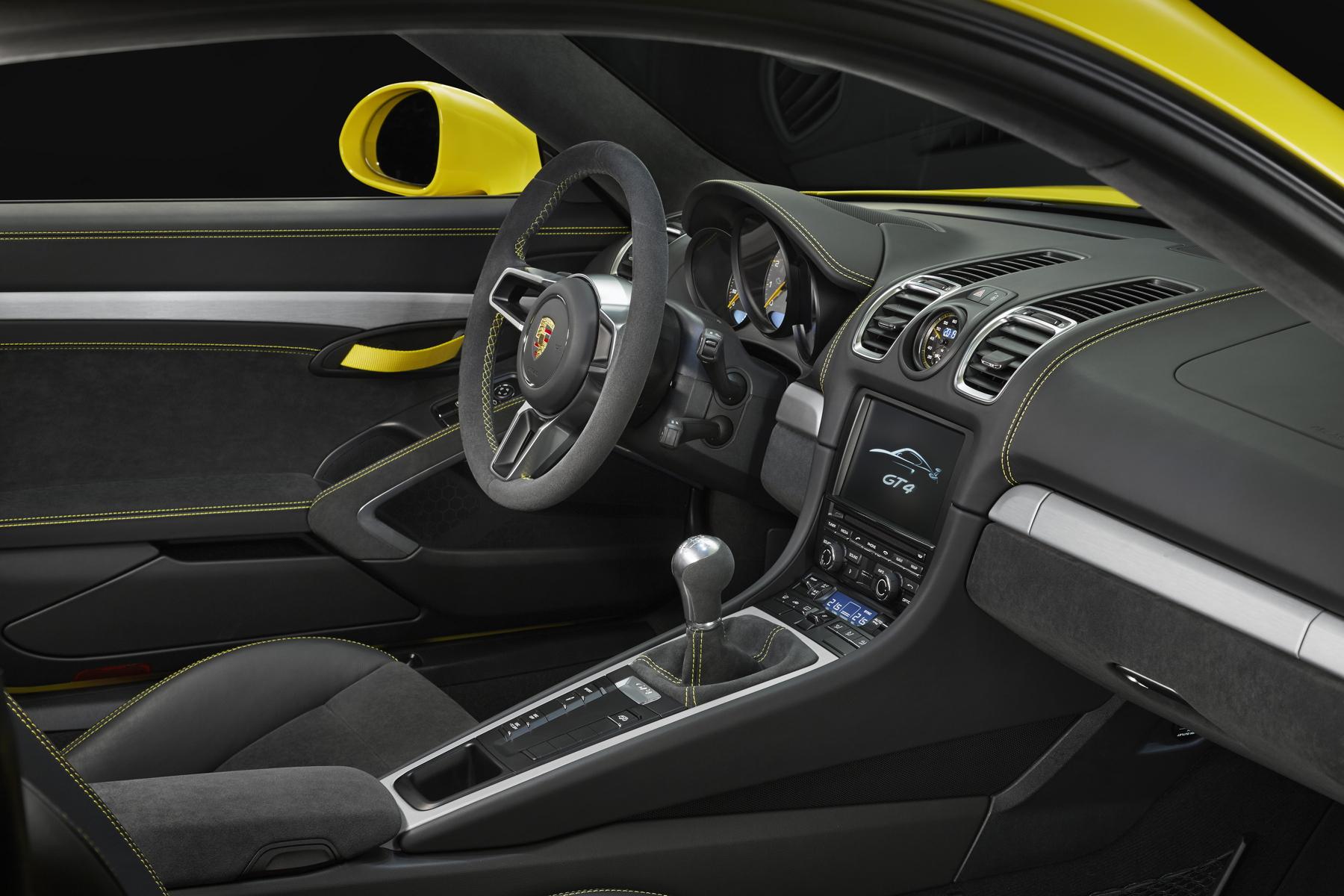 Porsche Cayman GT4 5