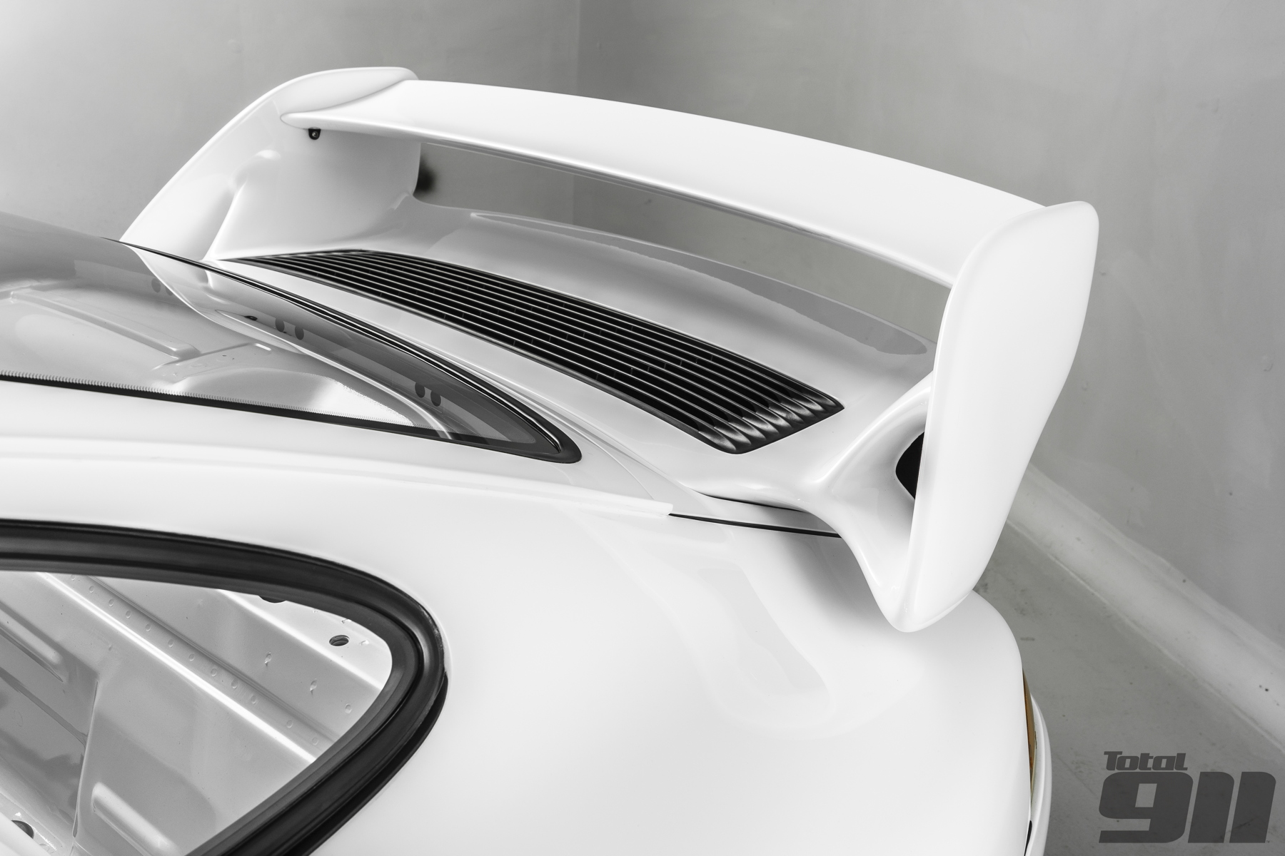 993 RS wing