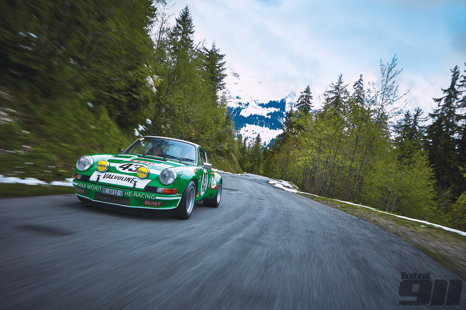 2.8 RSR driving Alps