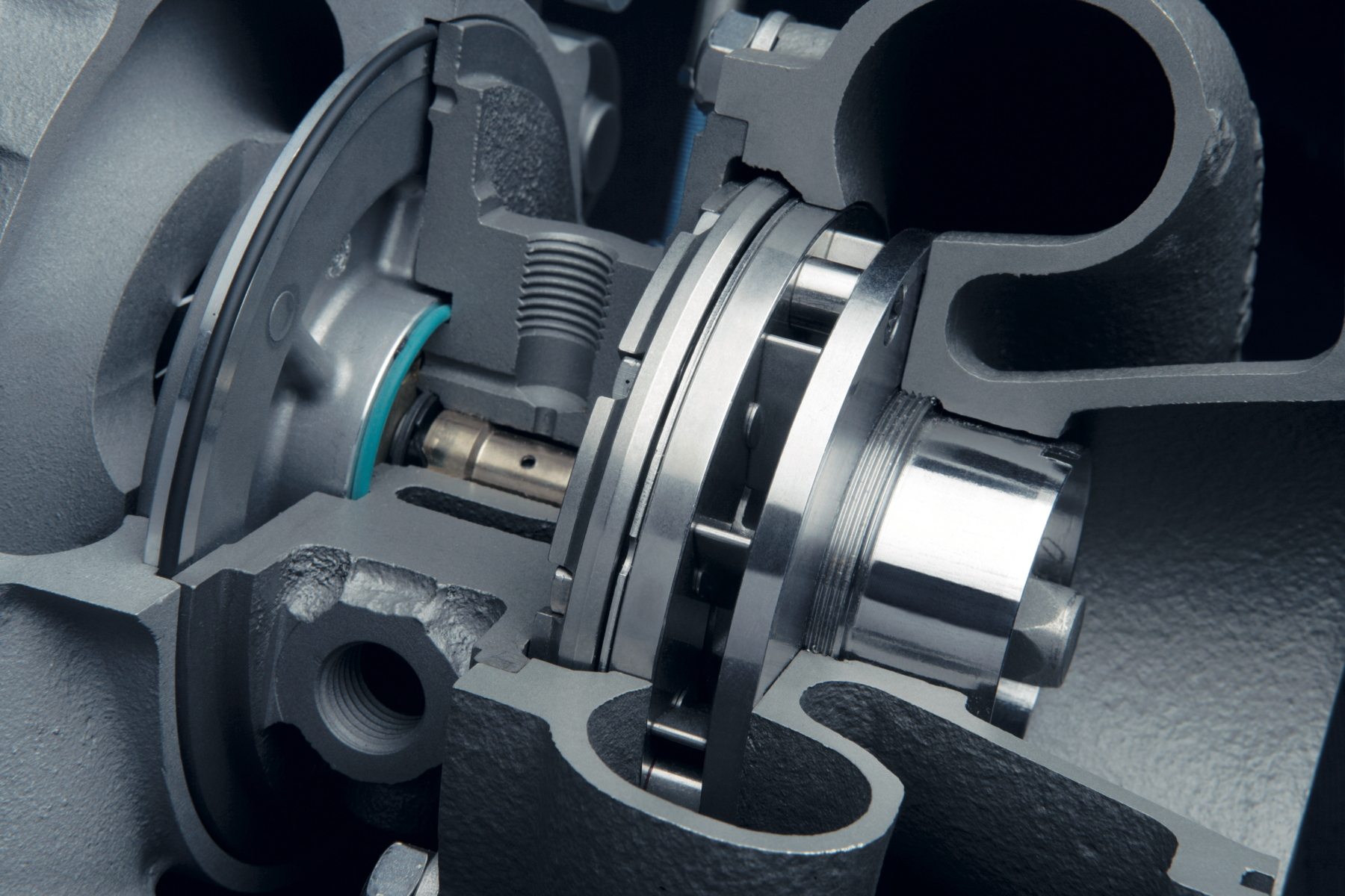 A VTG turbocharger in high-speed mode with the guide vanes open.