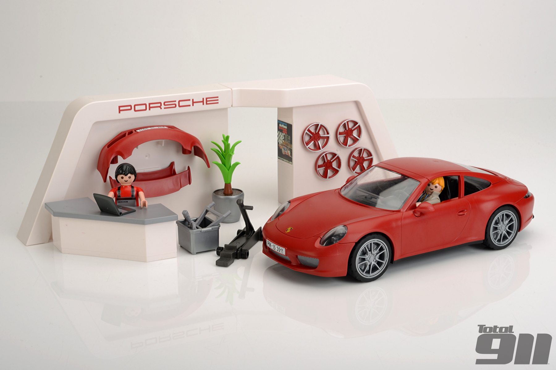 playmobil porsche 911 carrera s first drive total 911. Black Bedroom Furniture Sets. Home Design Ideas