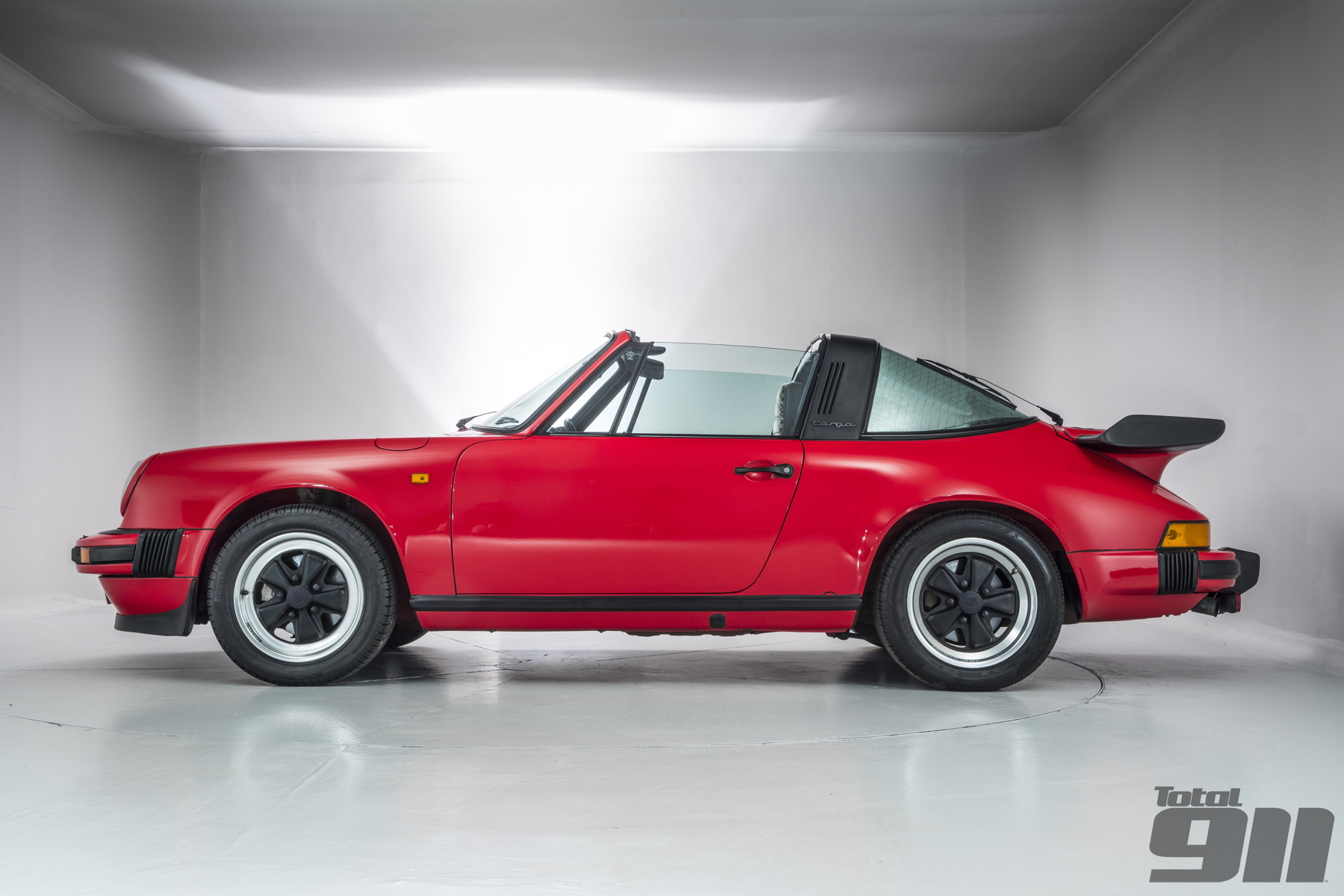Looking for a Porsche 911 Targa to add to your collection? Our latest buying guide takes you through the open top choices from 1967 right through to today.
